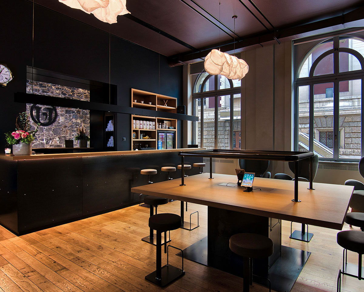 Usine's Reception and Bar Lounge